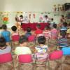 Trẻ được khám sức khỏe định kỳ